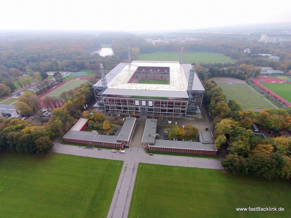 Das Rhein Energie Stadion in Köln